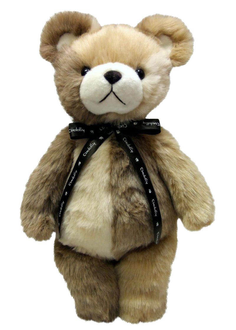子供の頃の思い出がよみがえる優しくて暖くて柔らかいクマのぬいぐるみです。 スタンダードなデザインに素材も伝統的なアクリルボアを仕様してかたちにしました。